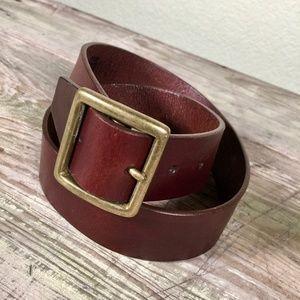 Gap brown leather 1.5 inch belt brass buckle sz 32